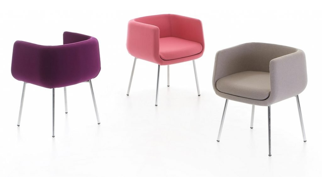 oddset-guest-chair-setting